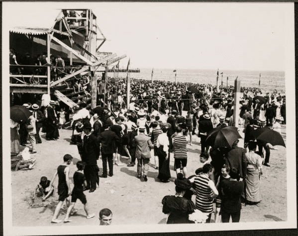 Frank M. Ingalls, New York City: Coney Island beach with bathers, 1906. Frank M. Ingalls photograph collection, 1901-2015, New-York Historical Society
