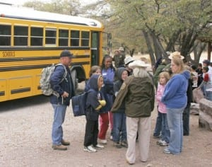 field-trip_students_bus