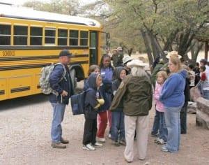 field-trip_students_bus
