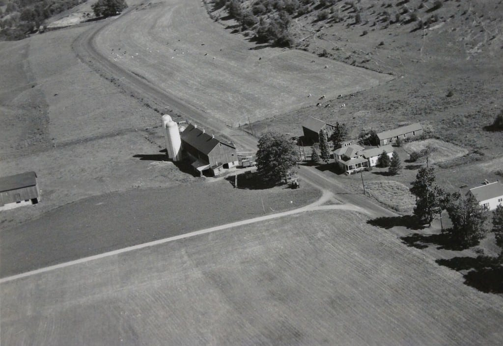 1957 Casey Farm reprinted from Aerial Surveys Photo