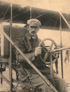 Glenn Curtiss in France in 1909