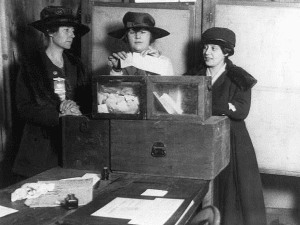 three suffragist casting votes in 1917