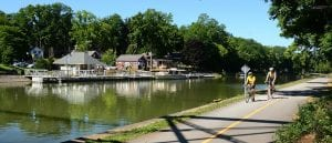 cyclists-on-the-erie-canalway-trail-near-bushnells-basin