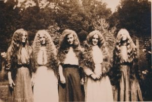 Nellie Childs Smith (1885 – 1972) of Eureka with her sisters, 1911.