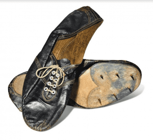 Roger Bannister shoes from 1954
