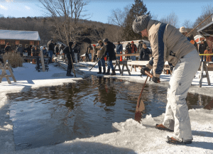 2018 ice cutting at hanford mills