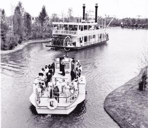 Sternwheeler and Tug Boat